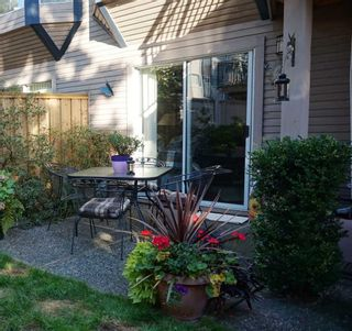 """Photo 14: 24 1195 FALCON Drive in Coquitlam: Eagle Ridge CQ Townhouse for sale in """"THE COURTYARDS"""" : MLS®# R2110135"""