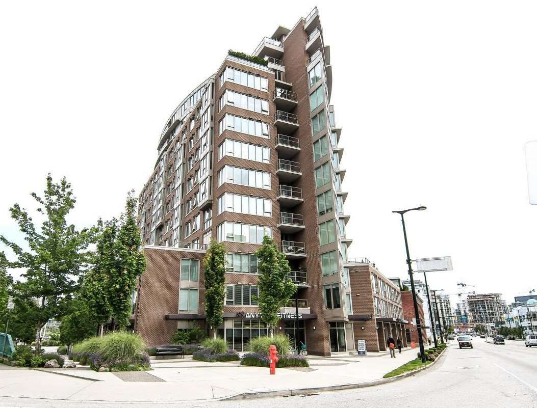 """Main Photo: 701 445 W 2ND Avenue in Vancouver: False Creek Condo for sale in """"MAYNARD'S BLOCK"""" (Vancouver West)  : MLS®# R2084964"""