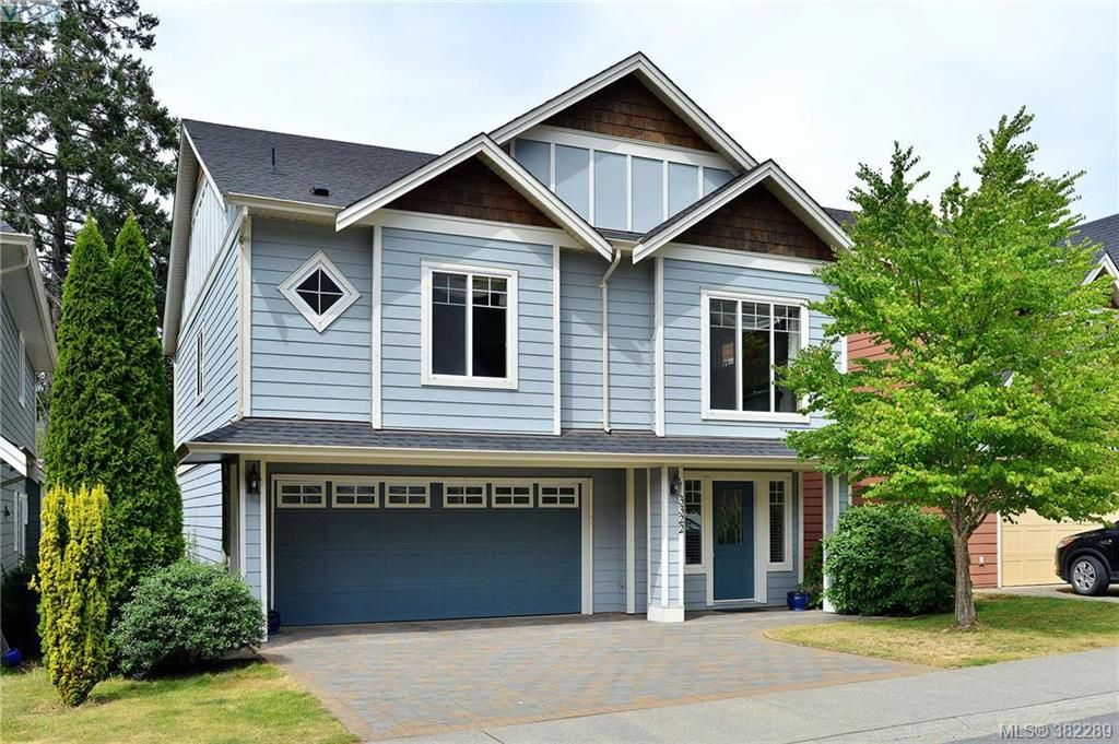 Main Photo: 3322 Blueberry Lane in VICTORIA: La Happy Valley House for sale (Langford)  : MLS®# 768056