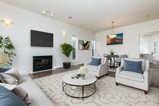 Photo 7: 9826 77 Avenue in Edmonton: Zone 17 House for sale : MLS®# E4253421