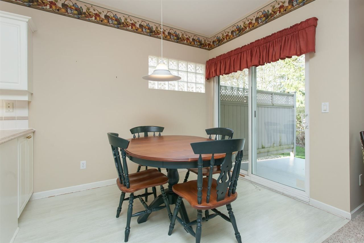 """Photo 8: Photos: 2 9025 216 Street in Langley: Walnut Grove Townhouse for sale in """"Coventry Woods"""" : MLS®# R2023148"""