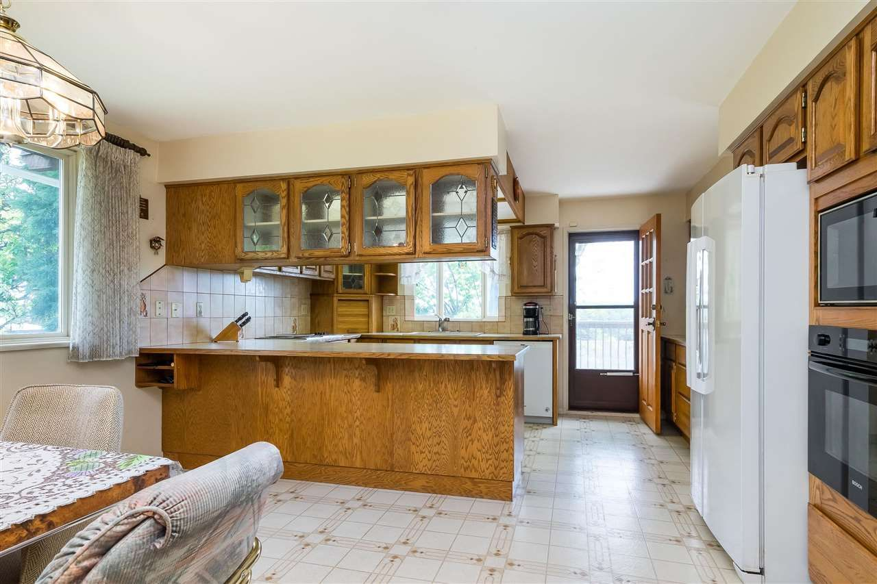 Photo 11: Photos: 1608 NANAIMO Street in New Westminster: West End NW House for sale : MLS®# R2579359