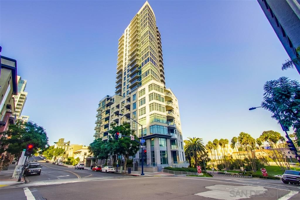 Main Photo: DOWNTOWN Condo for rent : 3 bedrooms : 1441 9TH AVE #2401 in San Diego