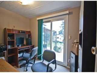 Photo 14: 31539 LOMBARD Avenue in Abbotsford: Poplar Manufactured Home for sale : MLS®# F1429021