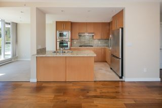 """Photo 9: 205 2688 WEST Mall in Vancouver: University VW Condo for sale in """"PROMONTORY"""" (Vancouver West)  : MLS®# R2095539"""