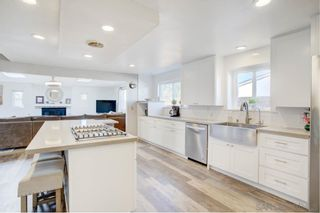 Photo 6: CHULA VISTA House for sale : 4 bedrooms : 168 E Quintard St