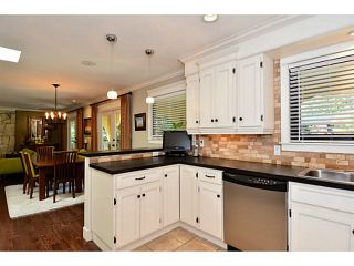 """Photo 3: 12779 14B Avenue in Surrey: Crescent Bch Ocean Pk. House for sale in """"Ocean Park - 1001 Steps"""" (South Surrey White Rock)  : MLS®# F1442520"""
