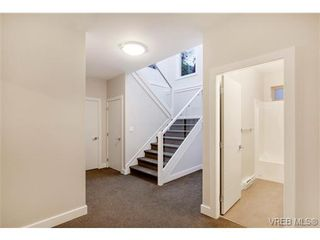 Photo 15: 114 1177 Deerview Pl in VICTORIA: La Bear Mountain House for sale (Langford)  : MLS®# 684098
