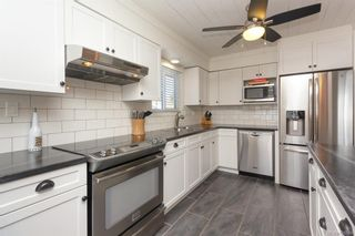 Photo 10: 2202 Bradford Ave in : Si Sidney North-East House for sale (Sidney)  : MLS®# 836589