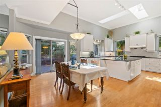 Photo 12: 2318 CHANTRELL PARK Drive in Surrey: Elgin Chantrell House for sale (South Surrey White Rock)  : MLS®# R2558616