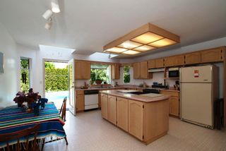 Photo 3: 14897 21 Street in SURREY: Sunnyside Park Surrey House  (South Surrey White Rock)  : MLS®# F1113692