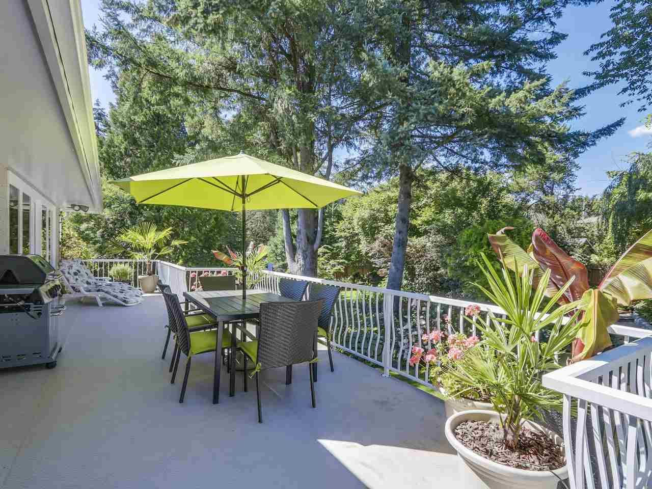 Photo 7: Photos: 587 HARRISON Avenue in Coquitlam: Coquitlam West House for sale : MLS®# R2097877