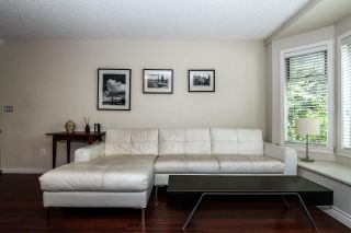 Photo 4: 2 1195 FALCON Drive in Coquitlam: Eagle Ridge CQ Townhouse for sale : MLS®# R2094331