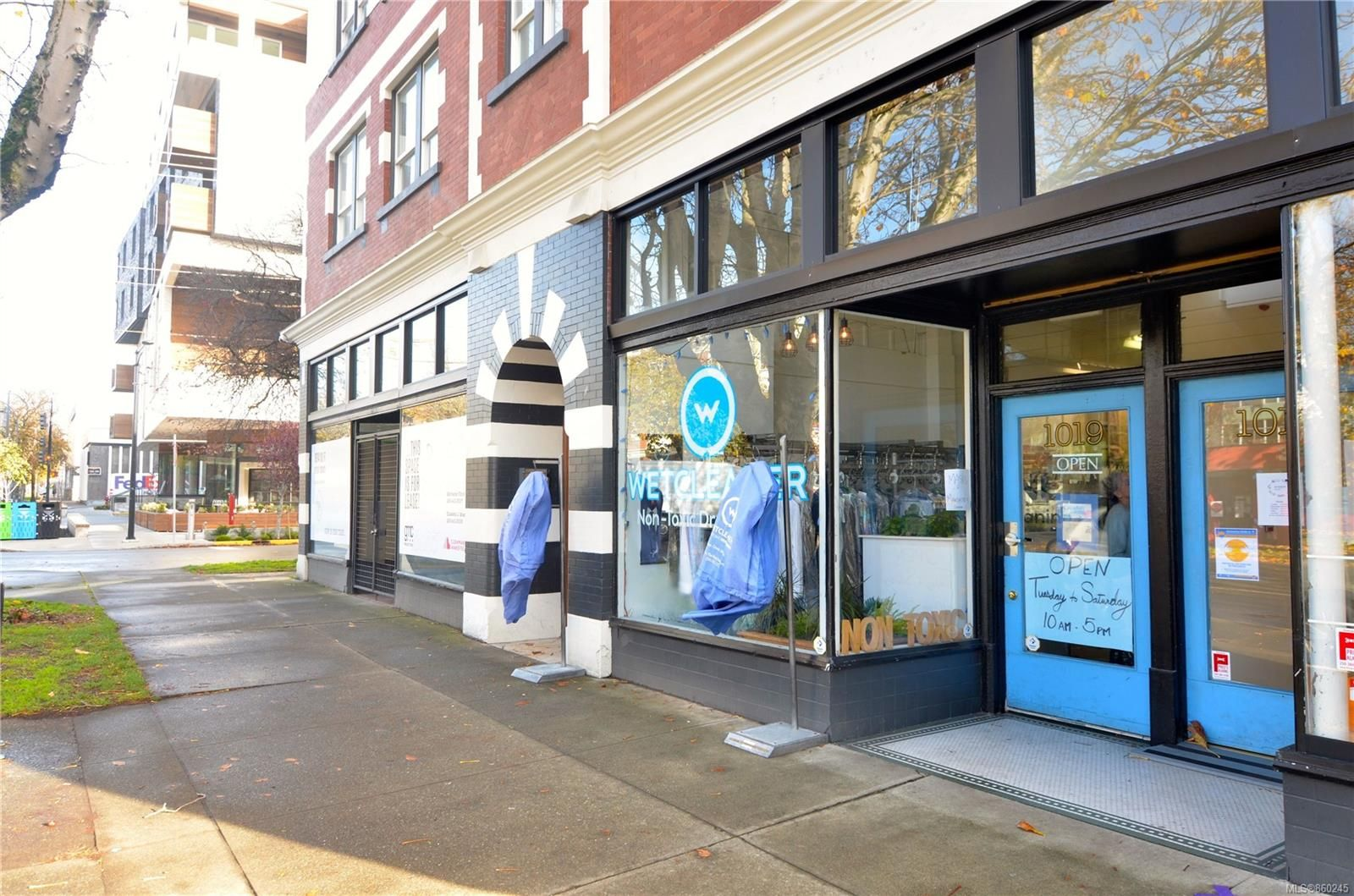 Main Photo: 1019 Cook St in : Vi Downtown Business for sale (Victoria)  : MLS®# 860245