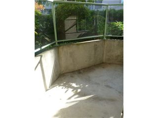 """Photo 5: 204 6735 STATION HILL Court in Burnaby: South Slope Condo for sale in """"THE COURTYARD"""" (Burnaby South)  : MLS®# V914897"""