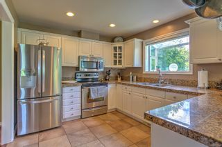 Photo 8: 6180 Thomson Terr in : Du East Duncan House for sale (Duncan)  : MLS®# 877411