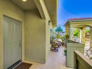 Photo 4: SAN DIEGO Townhouse for sale : 3 bedrooms : 2761 A Street #303