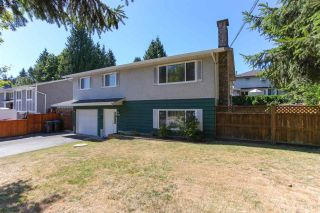 Photo 2: 3805 CLEMATIS Crescent in Port Coquitlam: Oxford Heights House for sale : MLS®# R2200625