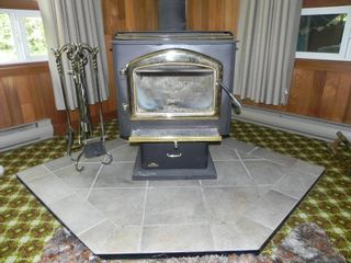 """Photo 7: 76 JOHNNY""""S Drive: Belair Residential for sale (R27)"""
