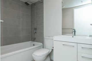 """Photo 13: 903 668 COLUMBIA Street in New Westminster: Quay Condo for sale in """"Trapp & Holbrook"""" : MLS®# R2292147"""