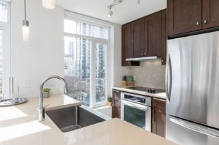 "Photo 10: 611 888 HOMER Street in Vancouver: Downtown VW Condo for sale in ""The Beasley"" (Vancouver West)  : MLS®# R2562911"