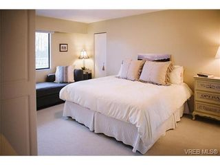 Photo 7: 407 1050 Park Blvd in VICTORIA: Vi Fairfield West Condo for sale (Victoria)  : MLS®# 722013