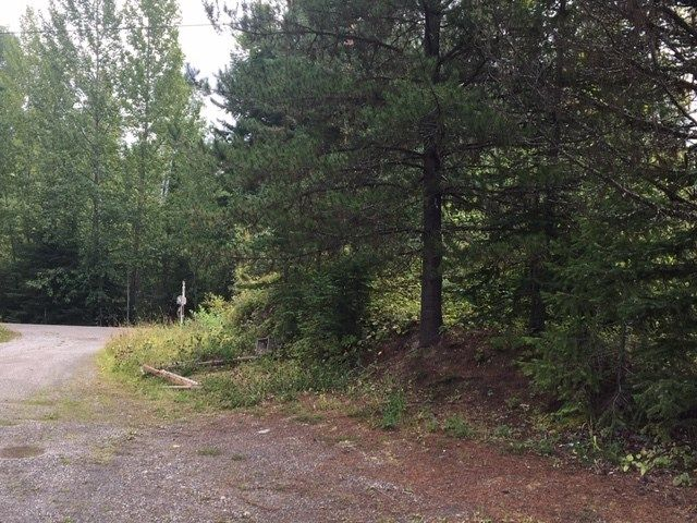 """Photo 2: Photos: 1705 FIELDING Road in Quesnel: Bouchie Lake Manufactured Home for sale in """"MILBURN LAKE"""" (Quesnel (Zone 28))  : MLS®# R2492145"""
