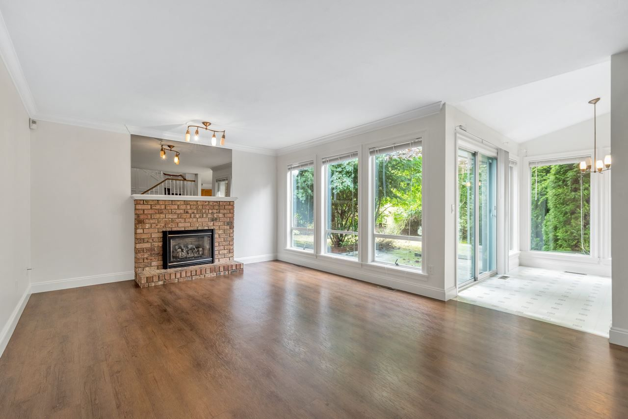 Photo 9: Photos: 10571 164 Street in Surrey: Fraser Heights House for sale (North Surrey)  : MLS®# R2428089