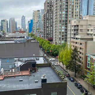 """Photo 5: 901 928 HOMER Street in Vancouver: Yaletown Condo for sale in """"YALETOWN PARK 1"""" (Vancouver West)  : MLS®# R2586722"""