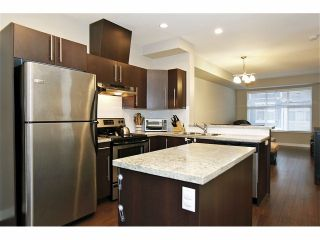 """Photo 11: 11 18199 70 Avenue in Surrey: Cloverdale BC Townhouse for sale in """"AUGUSTA AT PROVINCETON"""" (Cloverdale)  : MLS®# F1326688"""