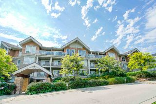 "Photo 4: 311 6420 194 Street in Surrey: Clayton Condo for sale in ""Waterstone"" (Cloverdale)  : MLS®# R2560363"