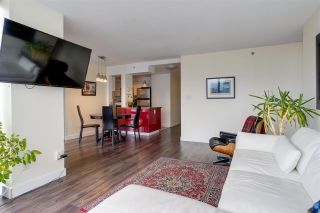"""Photo 5: 2006 930 CAMBIE Street in Vancouver: Yaletown Condo for sale in """"PACIFIC PLACE LANDMARK 11"""" (Vancouver West)  : MLS®# R2548377"""