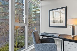 """Photo 8: 403 1205 W HASTINGS Street in Vancouver: Coal Harbour Condo for sale in """"Cielo"""" (Vancouver West)  : MLS®# R2617996"""