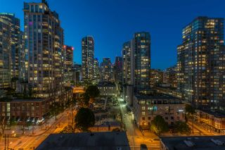 """Photo 11: 1403 928 RICHARDS Street in Vancouver: Yaletown Condo for sale in """"THE SAVOY"""" (Vancouver West)  : MLS®# R2461037"""