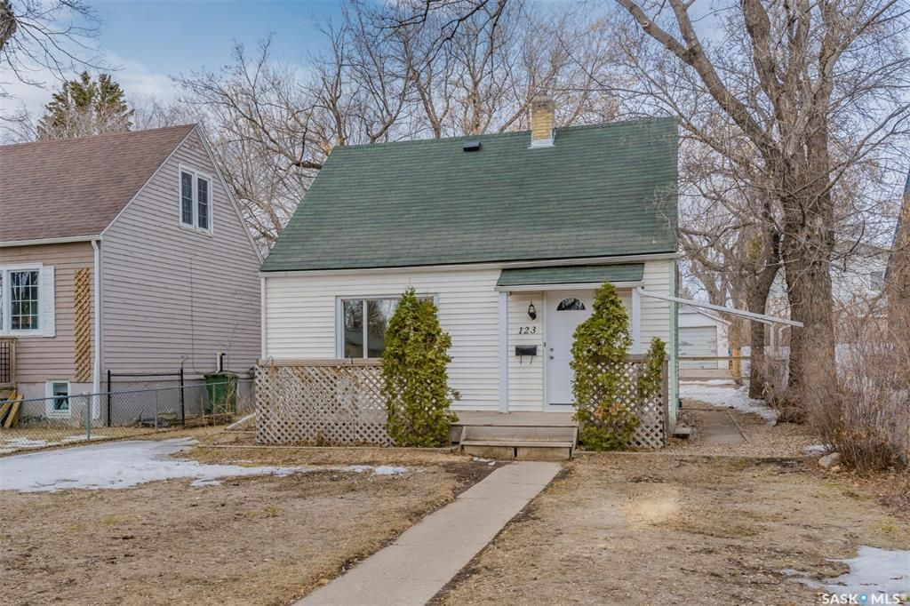 Main Photo: 123 Hilliard Street East in Saskatoon: Exhibition Residential for sale : MLS®# SK846834