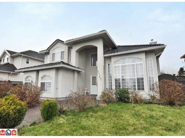 """Main Photo: 7157 132ND Street in Surrey: West Newton House for sale in """"WEST NEWTON"""" : MLS®# F1104452"""