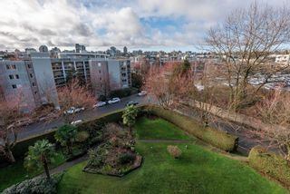 """Photo 32: 510 1490 PENNYFARTHING Drive in Vancouver: False Creek Condo for sale in """"Harbour Cove"""" (Vancouver West)  : MLS®# R2618903"""