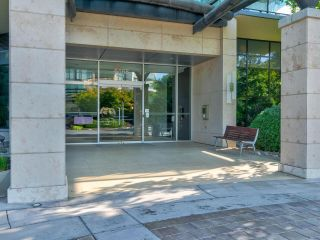 Photo 2: 801 6168 WILSON Avenue in Burnaby: Metrotown Condo for sale (Burnaby South)  : MLS®# R2607303