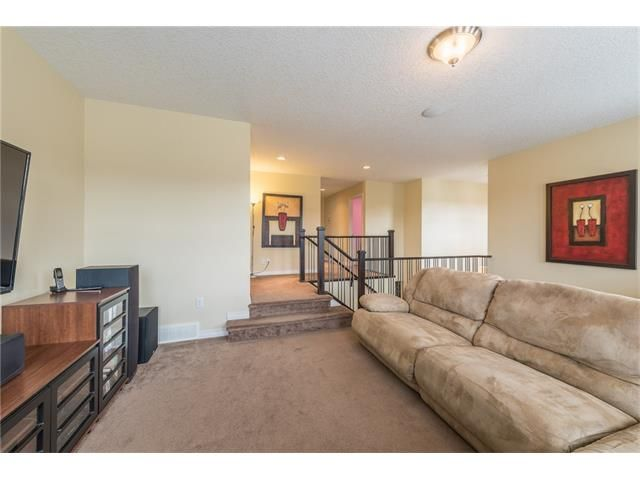 Photo 20: Photos: 151 evansdale Common NW in Calgary: Evanston House for sale : MLS®# C4064810
