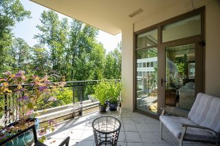 """Photo 12: 300 508 WATERS EDGE Crescent in West Vancouver: Park Royal Condo for sale in """"Waters Edge"""" : MLS®# R2603376"""