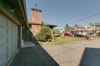 Photo 3: 19558 116B Ave Pitt Meadows MLS 2100320 3 Bedroom 3 Level Split