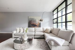 Photo 3: 201 2828 YEW Street in Vancouver: Kitsilano Condo for sale (Vancouver West)  : MLS®# R2587045