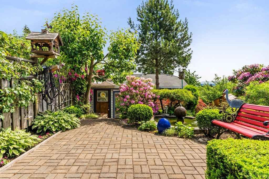 Photo 30: Photos: 6192 191A Street in Surrey: Cloverdale BC House for sale (Cloverdale)  : MLS®# R2279041