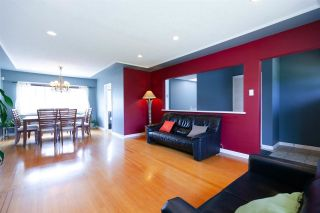 Photo 4: 4136 GILPIN Crescent in Burnaby: Garden Village House for sale (Burnaby South)  : MLS®# R2298190