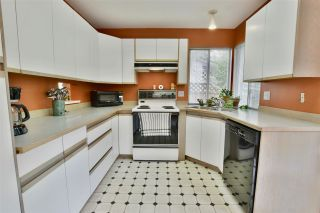 Photo 9: 14324 92 Avenue in Surrey: Bear Creek Green Timbers House for sale : MLS®# R2386693