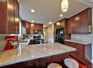 Photo 7: 432 Nursery Hill Dr in VICTORIA: VR View Royal House for sale (View Royal)  : MLS®# 818287