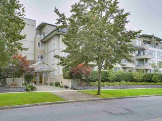 """Photo 1: 108 5800 ANDREWS Road in Richmond: Steveston South Condo for sale in """"VILLAS AT SOUTHCOVE"""" : MLS®# R2202832"""