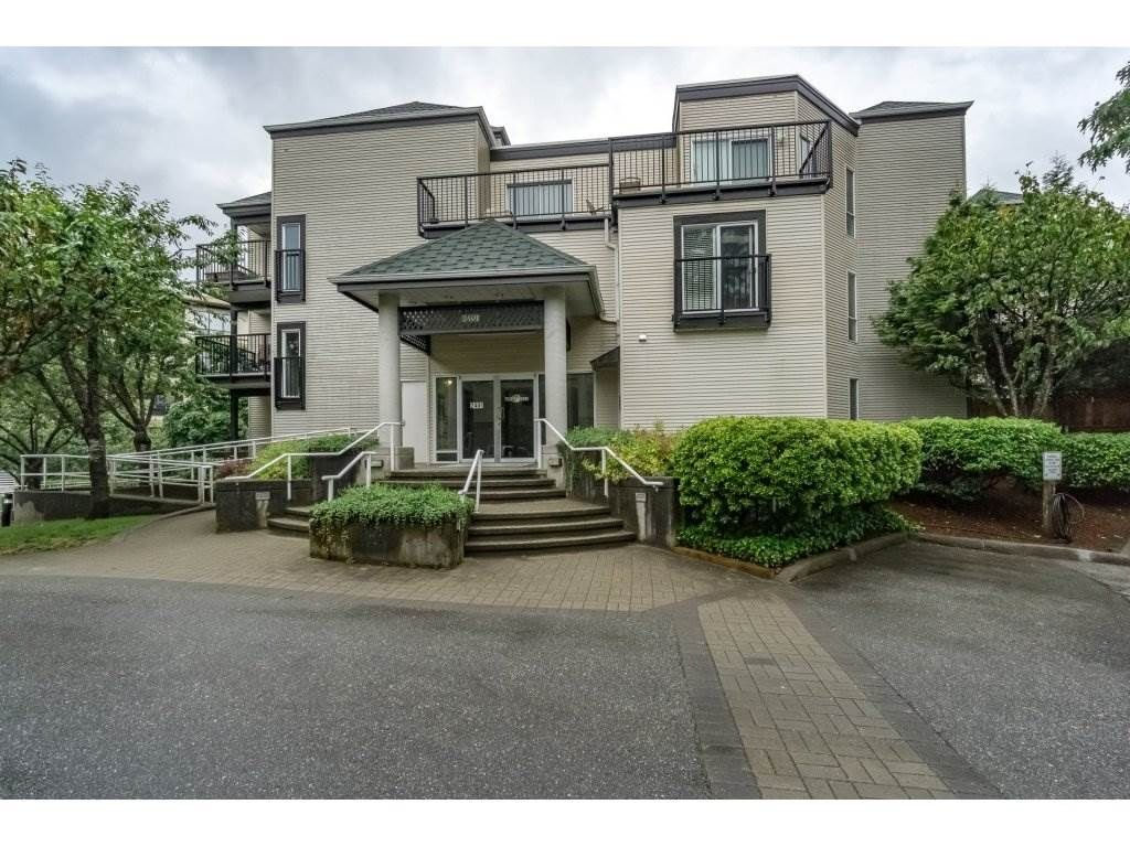 "Main Photo: 214 2401 HAWTHORNE Avenue in Port Coquitlam: Central Pt Coquitlam Condo for sale in ""STONEBROOK"" : MLS®# R2175364"