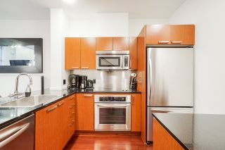 """Photo 6: 1243 SEYMOUR Street in Vancouver: Downtown VW Townhouse for sale in """"elan"""" (Vancouver West)  : MLS®# R2519042"""
