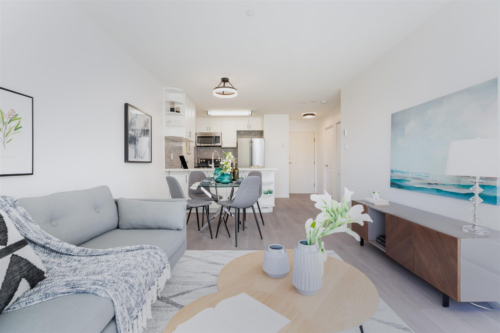 Main Photo: 411 3480 YARDLEY AVENUE in Vancouver: Collingwood VE Condo for sale (Vancouver East)  : MLS®# R2594800